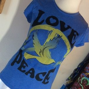 ☮️ ✌️ Peace Love Dove Hippie Tee T-Shirt